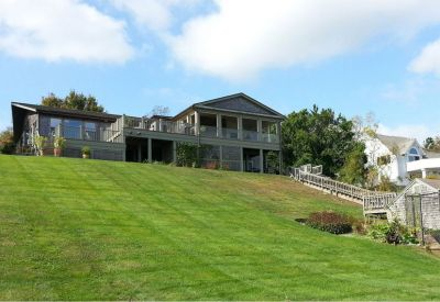01coastal-residence-landscaping-lawn