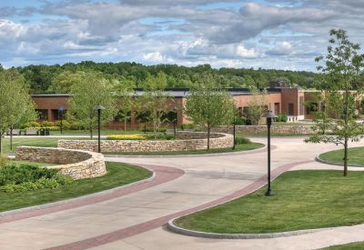 pedestrian-walkway-rochester-institute-technology-1