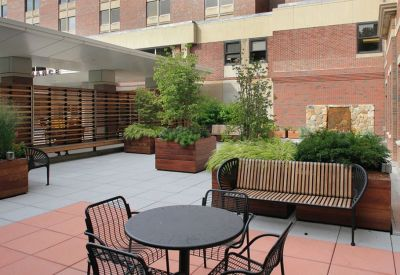 patio-design-newton-wellesley-hospital-garden-2